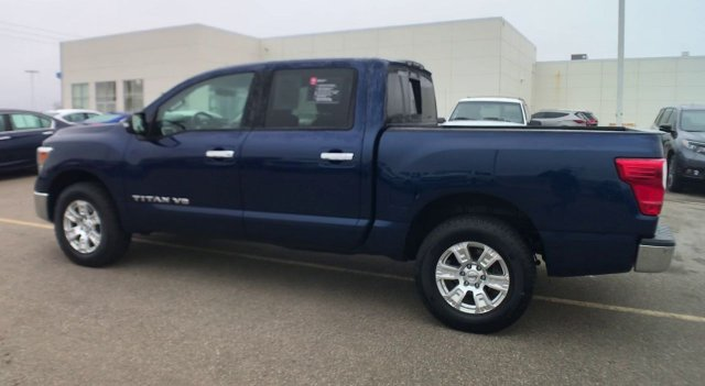 Pre-Owned 2018 Nissan Titan SV