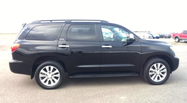 Pre-Owned 2017 Toyota Sequoia Limited